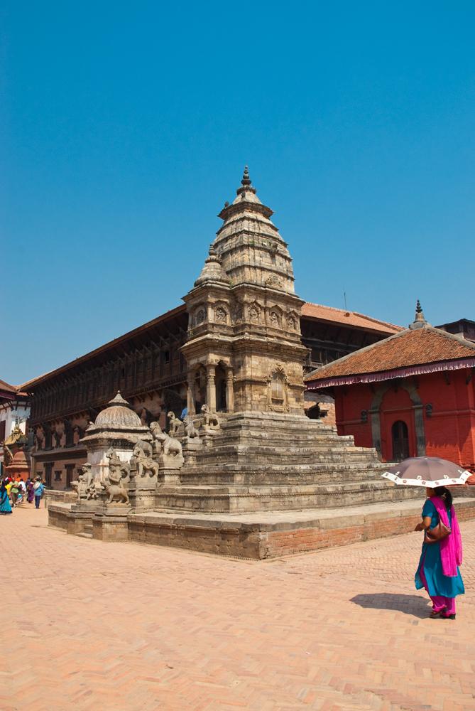 nepal-pietra-animali-pietra-shikhara-tempio-durga-bhaktapur