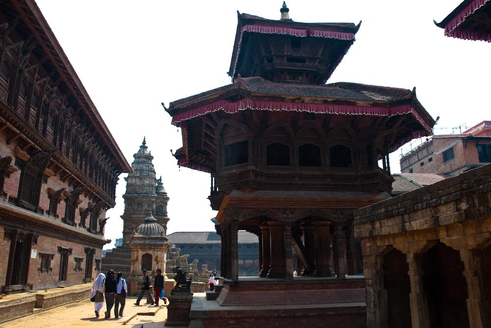 nepal-pietra-pietra-shikhara-tempio-durga-bhaktapur