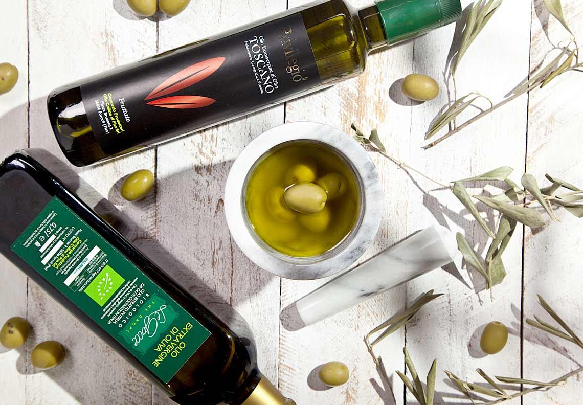 olio-nuovo-verde-olive-toscana-bio